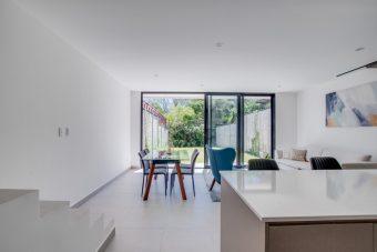 Two story new home Santa Ana Lindora