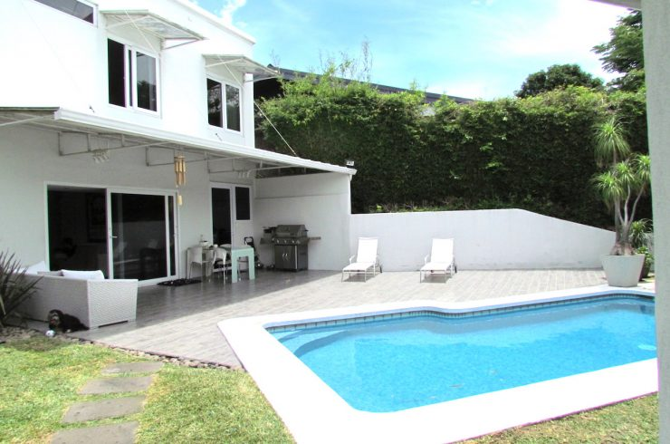 OPPORTUNITY! Contemporary House with Private Pool and Guesthouse for sale