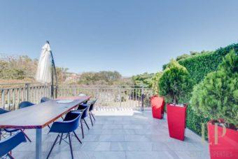 beautiful, modern condo with views in Escazu Guachipelin