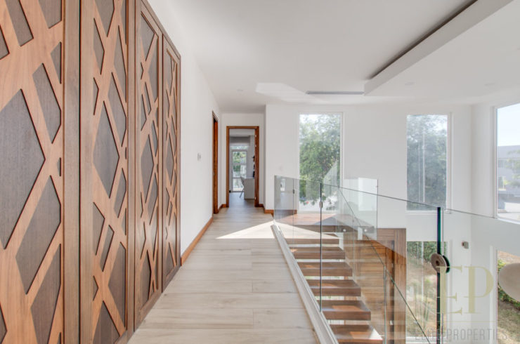 For rent modern home with private swimming pool in Valle del Sol