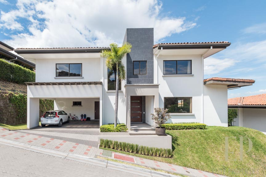 Luxury home for rent Lomas del valle, Santa Ana