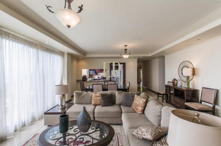 One level condo with amazing views Escazu