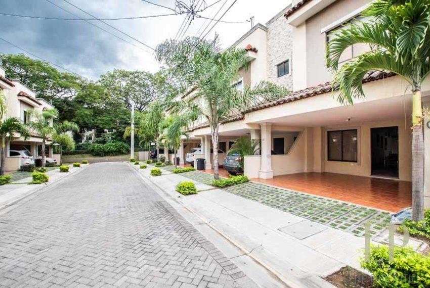 House for sale Santa Ana Rio Oro