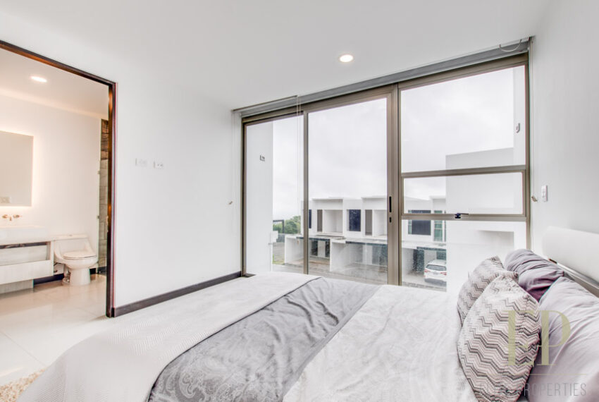 New homes in condominium with the best views of San Jose
