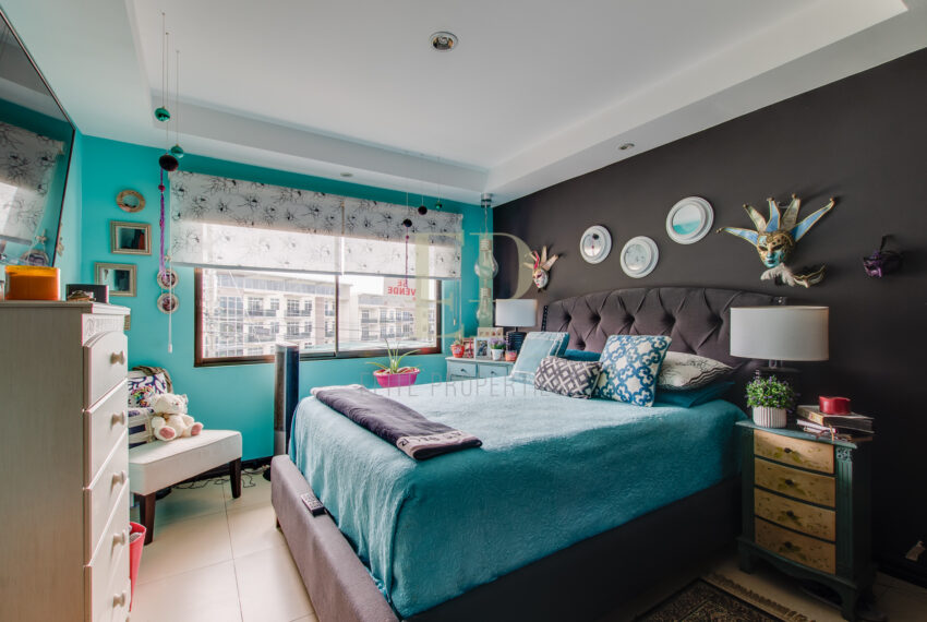 Santa Ana centro home in condominium for sale