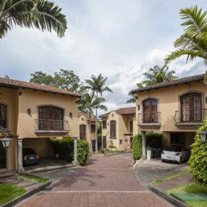 Luxury home with private pool. Condominium. Escazu San Rafael