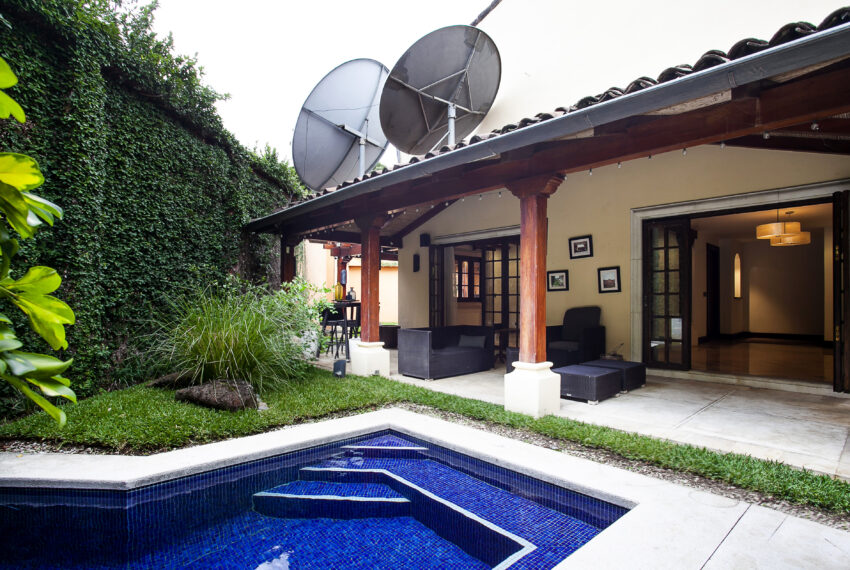 Luxury home with private pool. Condominium. Escazu San Rafael