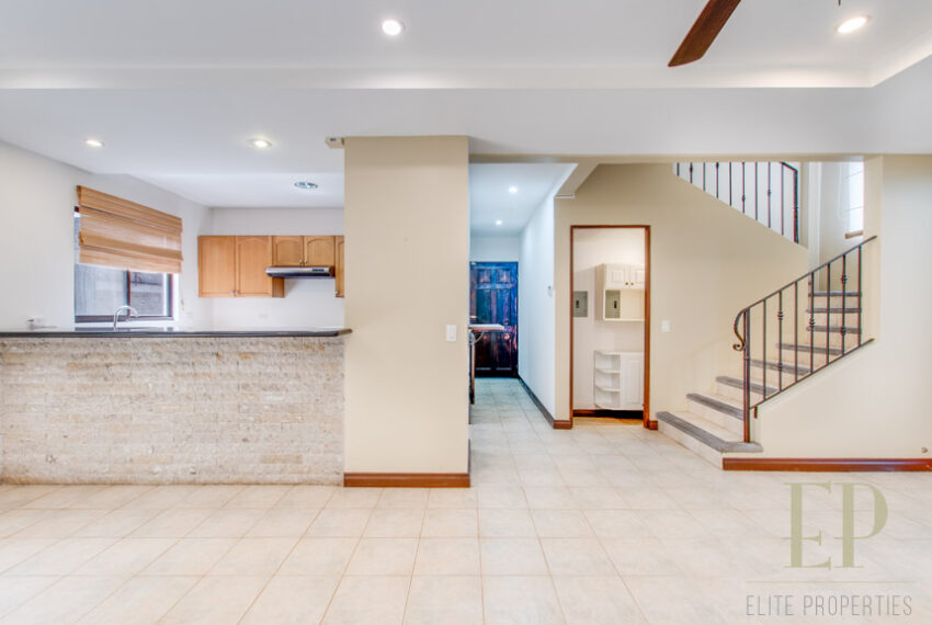 For rent beautiful, two story home with 4 Bedrooms