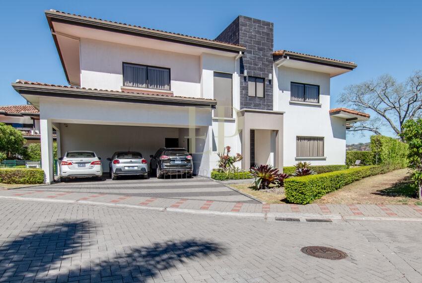 Luxury home for sale. Santa Ana Lomas del valle