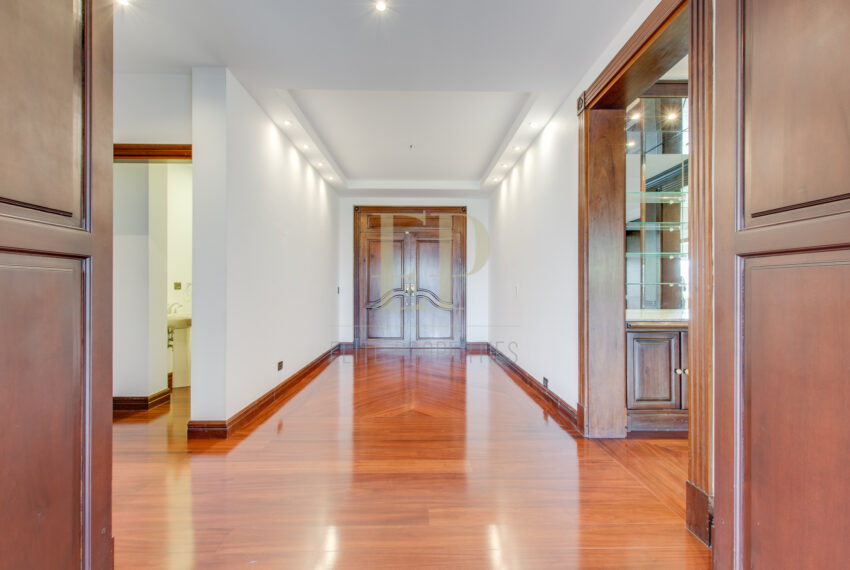 Spacious unfurnished condo above La Paco